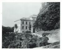 Haviland Hall in 1924